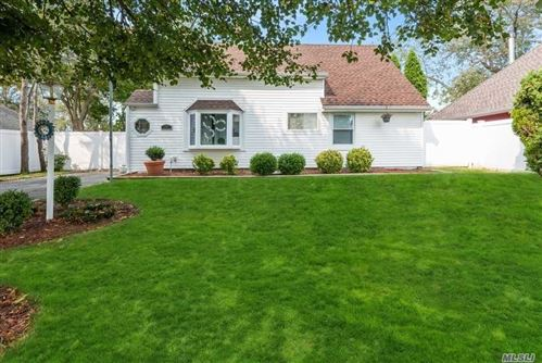 Photo of 26 Turn Lane, Levittown, NY 11756 (MLS # 3254267)