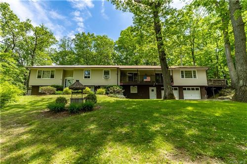 Photo of 6 Pleasant Hill Road, Hopewell Junction, NY 12533 (MLS # H6114555)