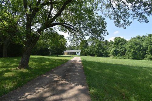 Photo of 506 Lafayette Rd, Clarksville, TN 37042 (MLS # 2275236)