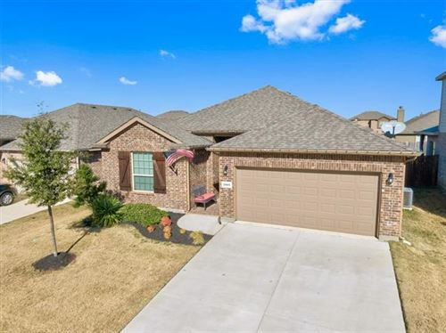Photo of 3945 Kennedy Ranch Road, Fort Worth, TX 76262 (MLS # 14239050)