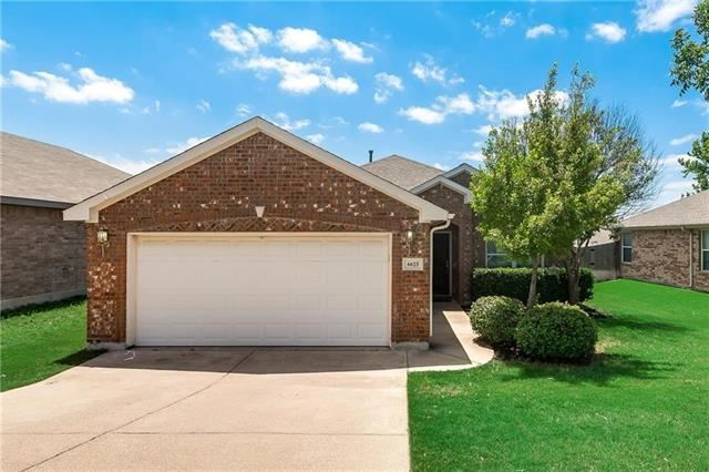 Photo for 6625 Chalk River Drive, Fort Worth, TX 76179 (MLS # 14163055)