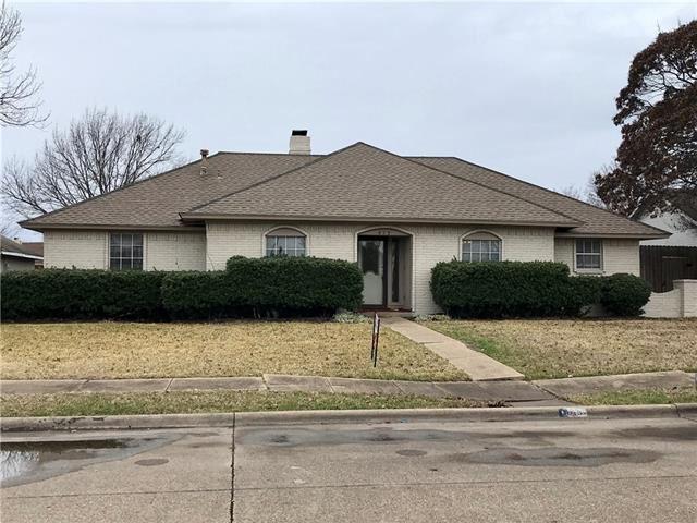 Photo for 613 Trail View Lane, Garland, TX 75043 (MLS # 14002112)