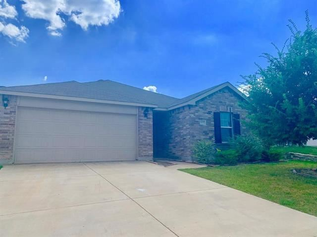 Photo for 6037 Clipper Lane, Fort Worth, TX 76179 (MLS # 14182159)