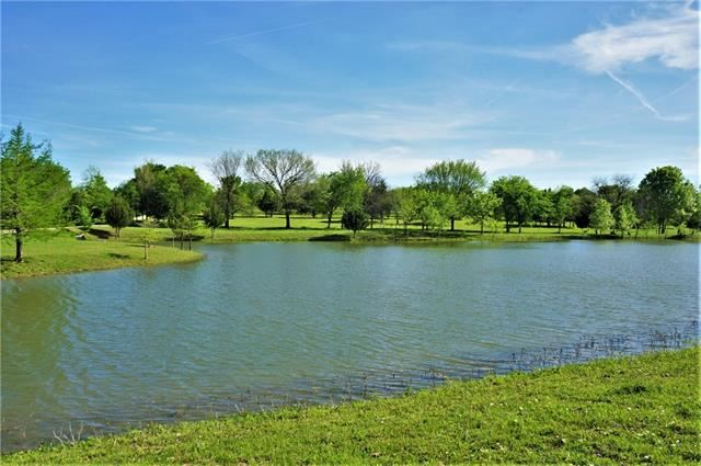 Photo for 9530 County Road 581, Anna, TX 75409 (MLS # 14067210)