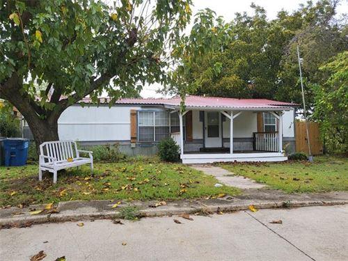 Photo of 233 E Park Street, Little Elm, TX 75068 (MLS # 14692277)