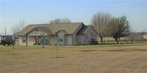 Photo of 7800 CR 205, Grandview, TX 76050 (MLS # 14199302)