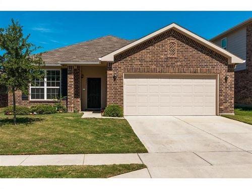 Photo of 1521 Quails Nest Drive, Fort Worth, TX 76177 (MLS # 14404308)