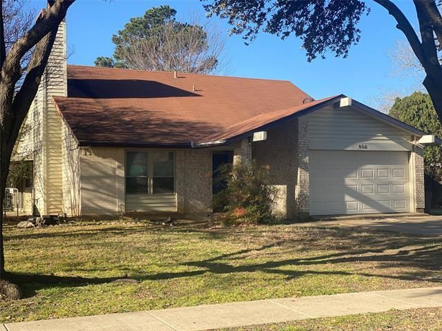 Photo for 532 Kent Drive, Lewisville, TX 75067 (MLS # 14499527)