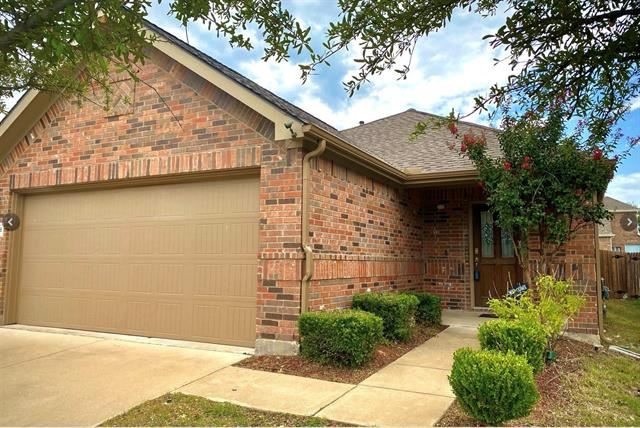 Photo for 12316 Walden Wood Drive, Fort Worth, TX 76244 (MLS # 14455532)