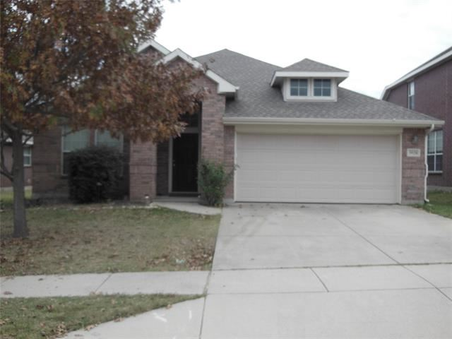Photo for 3928 Sunnygate Drive, Fort Worth, TX 76262 (MLS # 14475710)