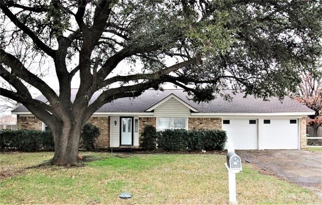 Photo for 608 Springhill Drive, Hurst, TX 76054 (MLS # 14259729)