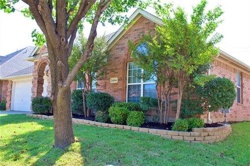 Photo of 2804 Gray Rock Drive, Fort Worth, TX 76131 (MLS # 14459754)