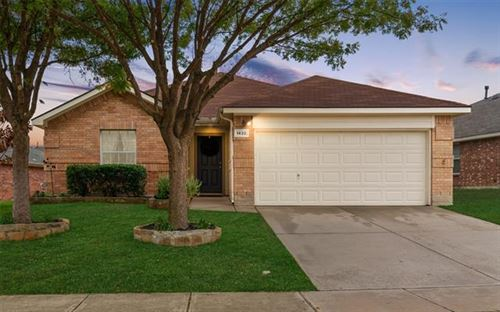Photo of 1432 Wind Dancer Trail, Fort Worth, TX 76131 (MLS # 14469879)