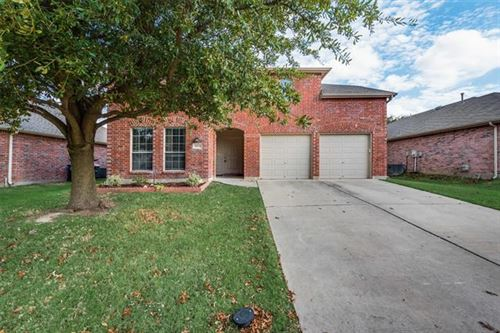 Photo of 13228 Settlers Trail, Fort Worth, TX 76244 (MLS # 14441885)