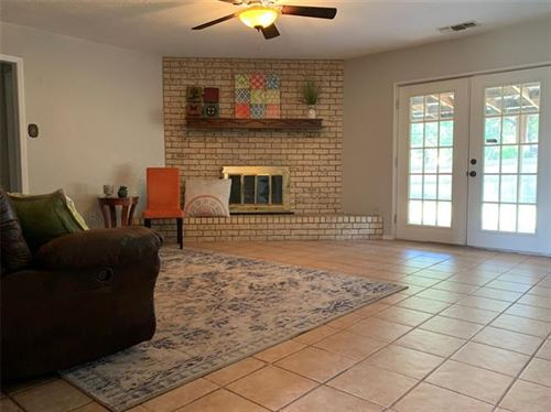 Tiny photo for 714 Heritage Trail, Granbury, TX 76048 (MLS # 14453900)