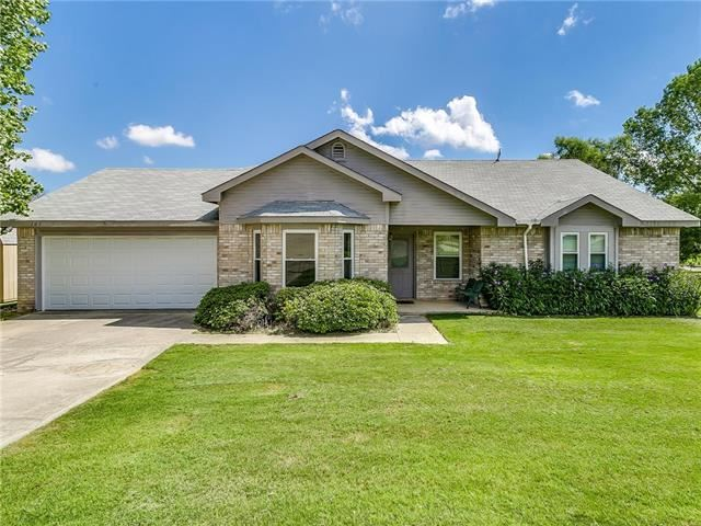 Photo for 105 Sweetbriar Place, Joshua, TX 76058 (MLS # 14182962)