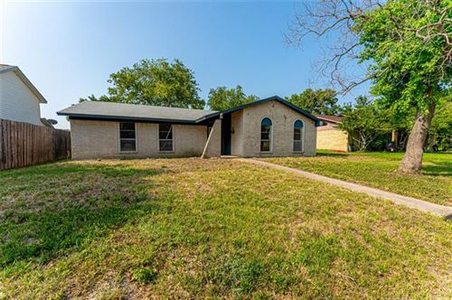 Photo of 2006 Clearfield Circle, Richardson, TX 75081 (MLS # 14631974)
