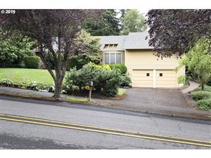 Photo of 2340 PIMLICO DR, West Linn, OR 97068 (MLS # 19591071)