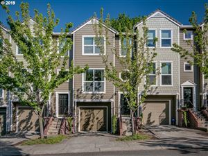 Photo of 2935 NW KENNEDY CT 13 #13, Portland, OR 97229 (MLS # 19375128)