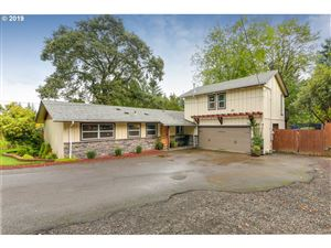 Photo of 1486 MARYLHURST DR, West Linn, OR 97068 (MLS # 19536284)