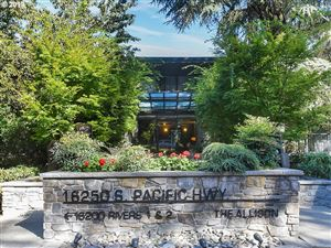 Photo of 16250 PACIFIC HWY 76 #76, Lake Oswego, OR 97034 (MLS # 19185312)