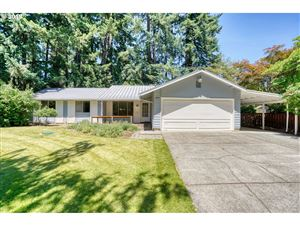 Photo of 5835 COLBY CT, Lake Oswego, OR 97035 (MLS # 19377330)