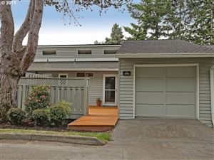 Photo of 3896 BOTTICELLI ST, Lake Oswego, OR 97035 (MLS # 19087344)