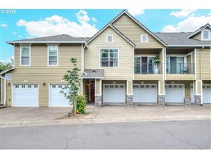 Photo of 3565 SUMMERLINN DR, West Linn, OR 97068 (MLS # 19237348)
