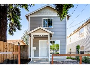 Photo of 6207 N COLUMBIA WAY, Portland, OR 97203 (MLS # 19208394)
