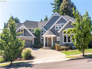 Photo of 2948 COEUR D ALENE DR, West Linn, OR 97068 (MLS # 19077804)