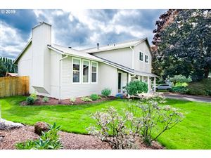 Photo of 13724 SE 115TH AVE, Clackamas, OR 97015 (MLS # 19299899)