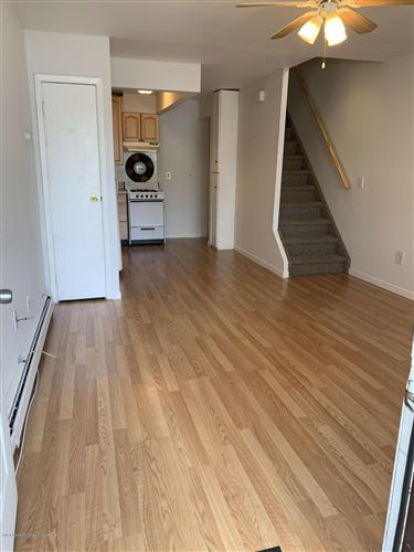 Tiny photo for 360 Barlow 21a Avenue #21a, Staten Island, NY 10308 (MLS # 1140583)