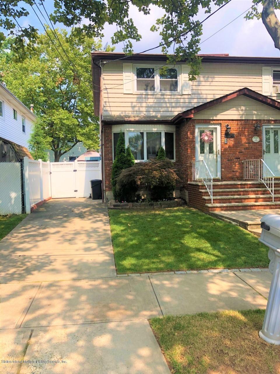 Photo for 10 Willowwood Lane, Staten Island, NY 10308 (MLS # 1139929)