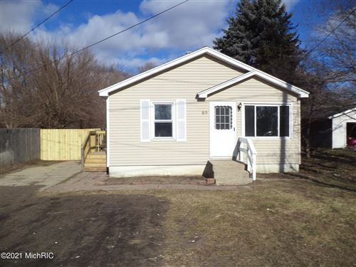 Photo of 89 Peony St Street SW, Grand Rapids, MI 49548 (MLS # 21002221)