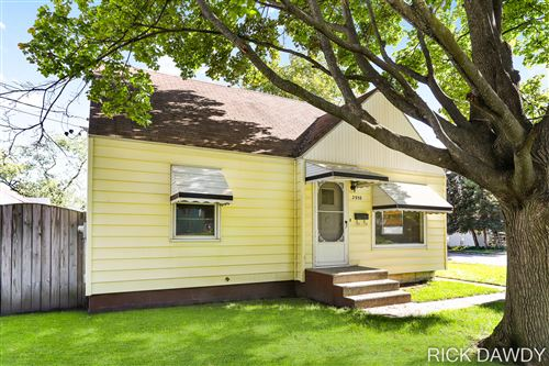 Photo of 2958 Chiswick Avenue SW, Wyoming, MI 49509 (MLS # 21111429)