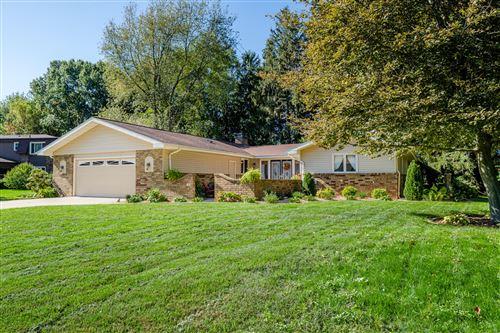 Photo of 4558 Hedgewood Drive, Stevensville, MI 49127 (MLS # 21111433)