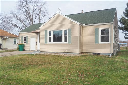 Photo of 315 Weeks Ave, Battle Creek, MI 49015 (MLS # 20002941)