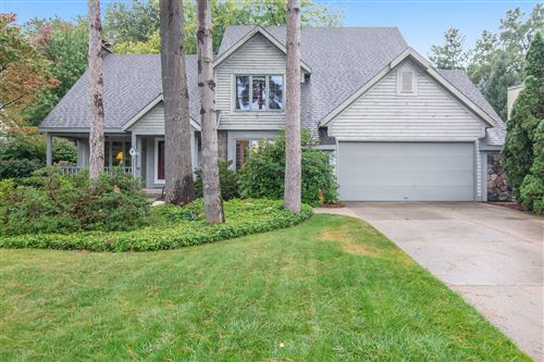 Photo of 1774 Plateau Drive SW, Wyoming, MI 49519 (MLS # 20040951)