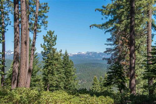 Photo of 1942 Gray Wolf, Truckee, CA 96161 (MLS # 20171873)