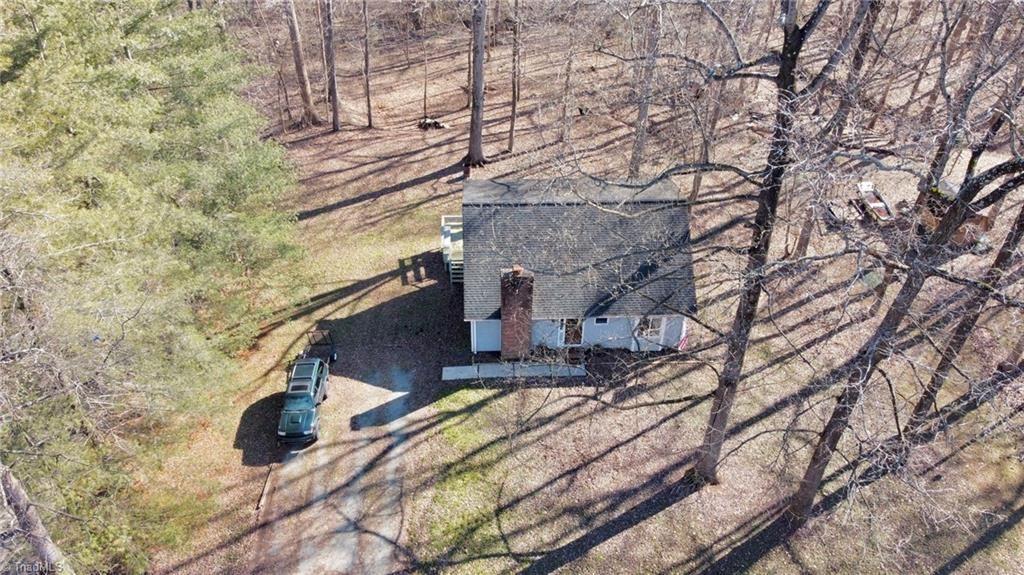 Photo of 868 Green Meadows Drive, Lexington, NC 27292 (MLS # 1008421)