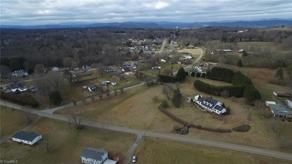 Photo of 174 Cricket Clubhouse Road, North Wilkesboro, NC 28659 (MLS # 1011574)