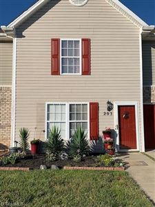 Photo of 203 Chestnut Chase Trail, Kernersville, NC 27284 (MLS # 936654)