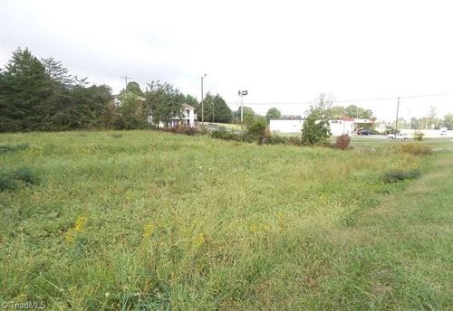 Photo of 5517 US Highway 21, Hamptonville, NC 27020 (MLS # 826756)