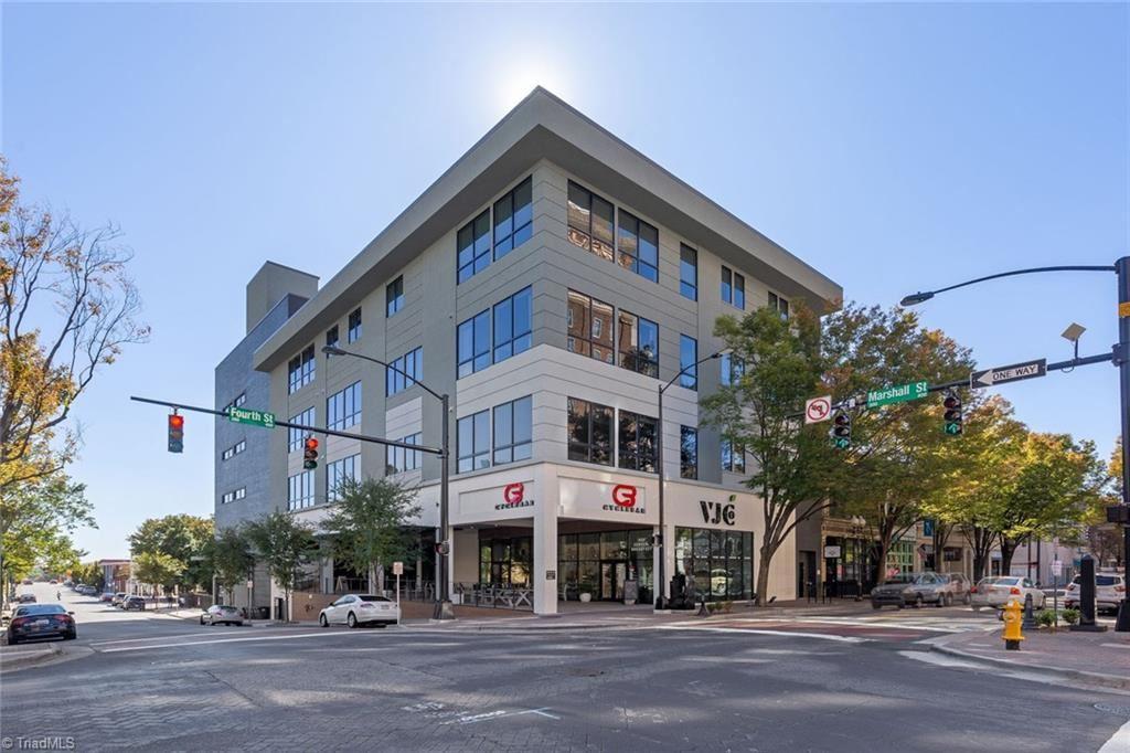 Photo of 400 W 4th Street #401, Winston Salem, NC 27101 (MLS # 976958)