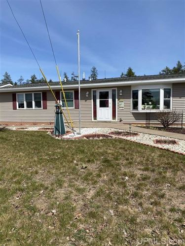 Photo of 117 Provider, Gwinn, MI 49841-0000 (MLS # 1126200)
