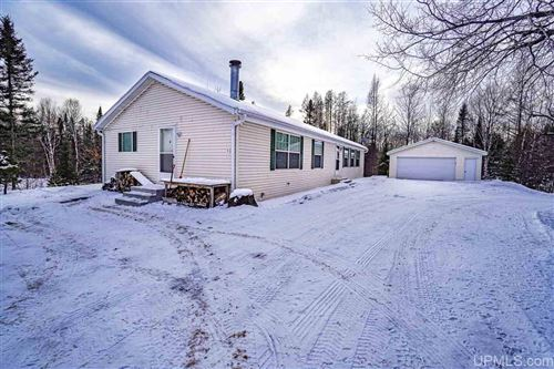 Photo of 11609 State Line, Presque Isle, WI 54557 (MLS # 1124893)