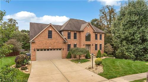 Photo of 112 Evan Ct, Cranberry Township, PA 16066 (MLS # 1523001)