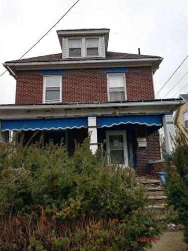 Photo of 1106 Stambaugh Ave, Sharon, PA 16146 (MLS # 1442166)