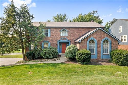 Photo of 102 Valley Forge Dr, Cranberry Township, PA 16066 (MLS # 1522169)