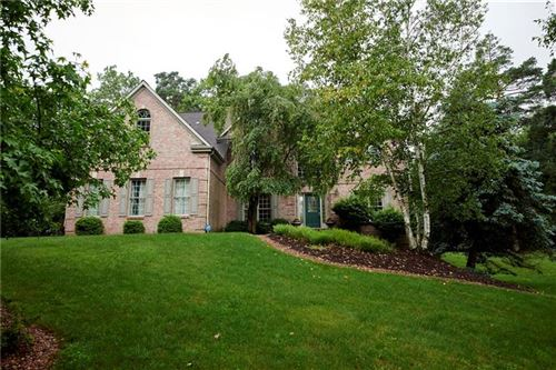 Photo of 202 Ravenscroft Court, Cranberry, PA 16066 (MLS # 1403217)